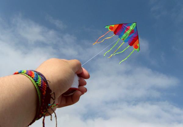 Flying kite pic